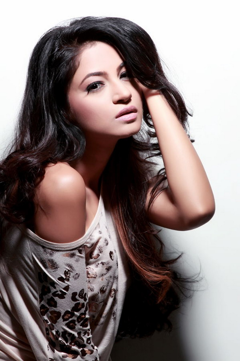 gorgeous sexy excellent beauty Shilpi sharma hot photo shoot