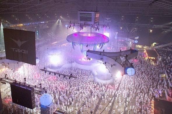 ΣΟΚ στο Άμστερνταμ: Τρεις άνθρωποι έχασαν τη ζωή τους σε φεστιβάλ μουσικής