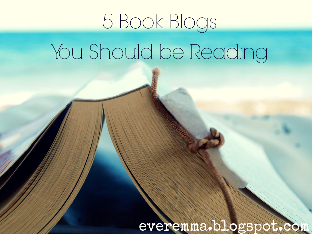 5 Book Blogs You Should Be Reading