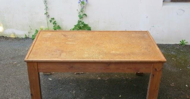 comment transformer une table moche en une jolie table tuto. Black Bedroom Furniture Sets. Home Design Ideas