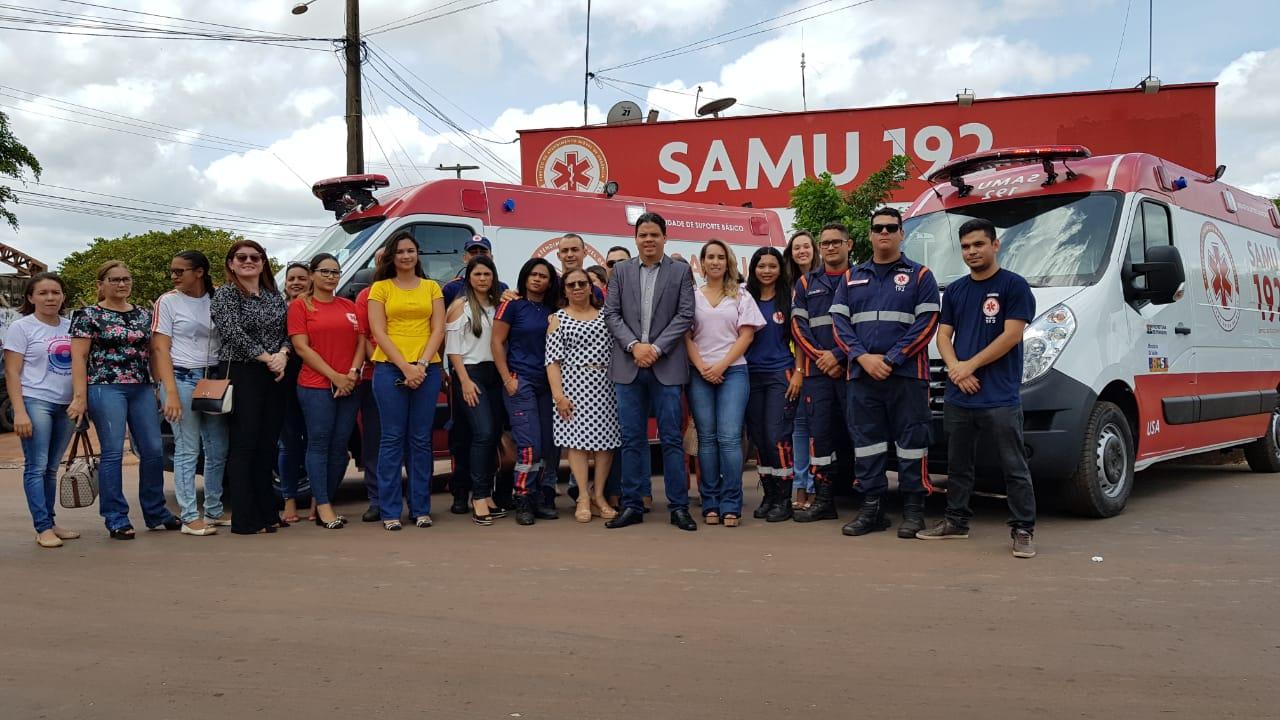 Entrega de 2 ambulâncias uma USA é uma Básica pelo Prefeito Luciano ao Samu.