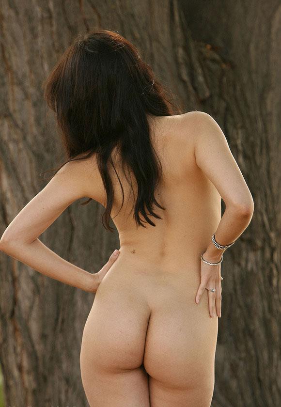 Amanda seyfried and julianne moore 039chloe039 - 2 part 2