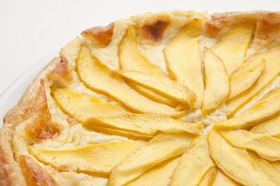 Pita s kokosom in mangom