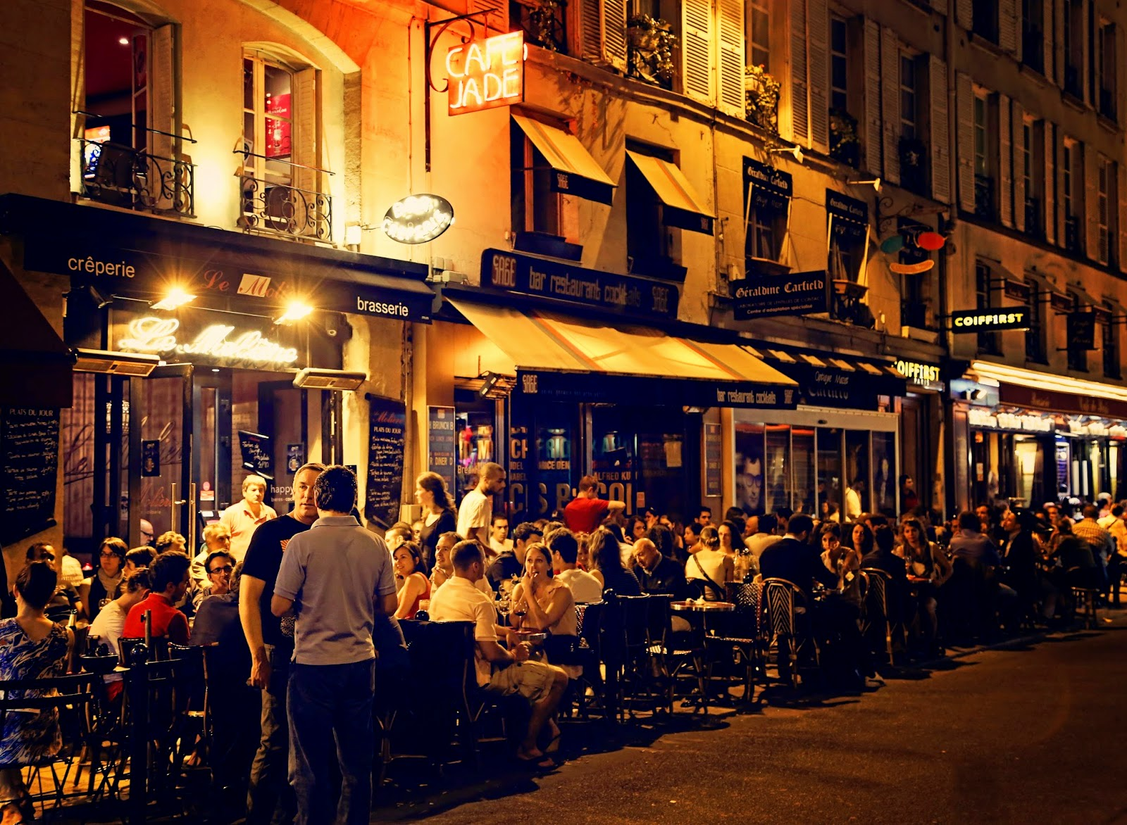 outdoor dining a delightful part of paris night life trains travel with jim loomis. Black Bedroom Furniture Sets. Home Design Ideas