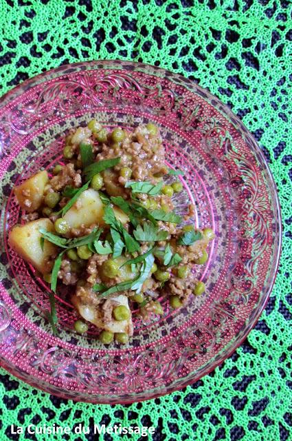 curry de boeuf haché petits pois pommes de terre