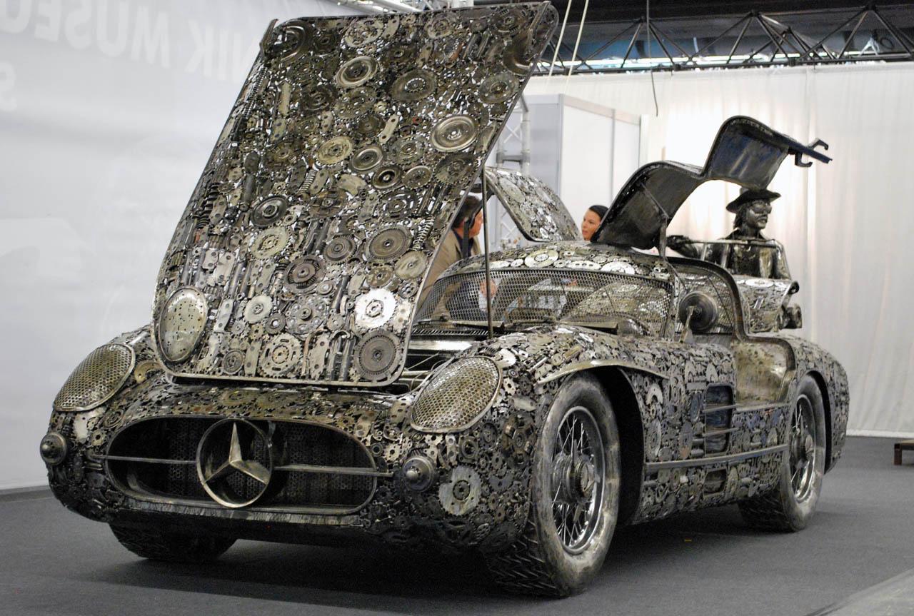 Turning scrap metal into german classics spicytec for Mercedes benz scrap yard