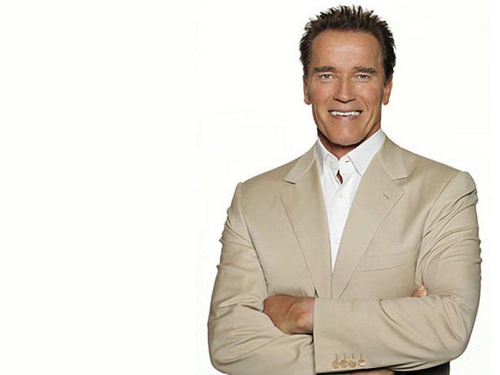 http://2.bp.blogspot.com/-qMWDERhoOQc/UDkVkZLFGyI/AAAAAAAAS0g/HWYclaXgmtk/s1600/Arnold+Schwarzenegger+New+HD+Wallpaper+2012+01.jpg