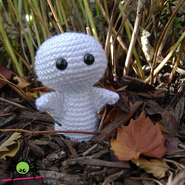 Crochet Amigurumi Ghost : The Itsy Bitsy Spider Crochet: Amigurumi Ghost