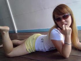 Gadis SPG Ngentot Hot 2013