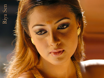 Riya Sen hot photo