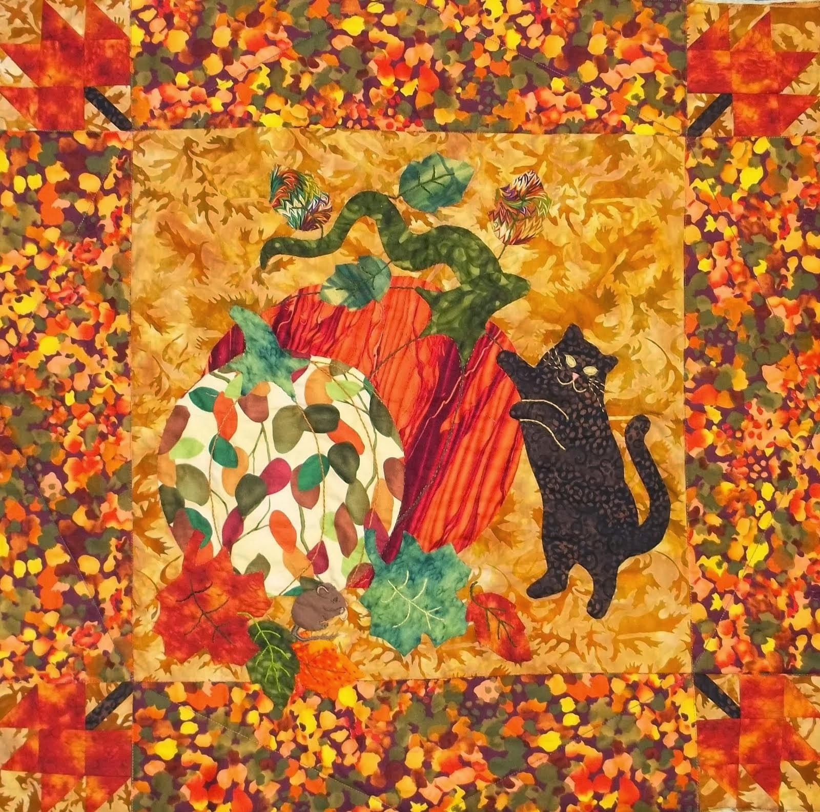 """Harvest Kitty"" wall hanging pattern"