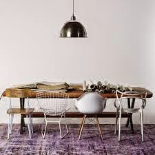 Decorar con mix de sillas: colores, estilos y materiales