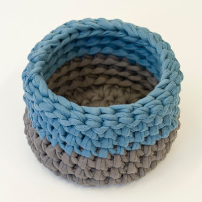 Teal Grey Crochet small bowl 02 by welaughindoors