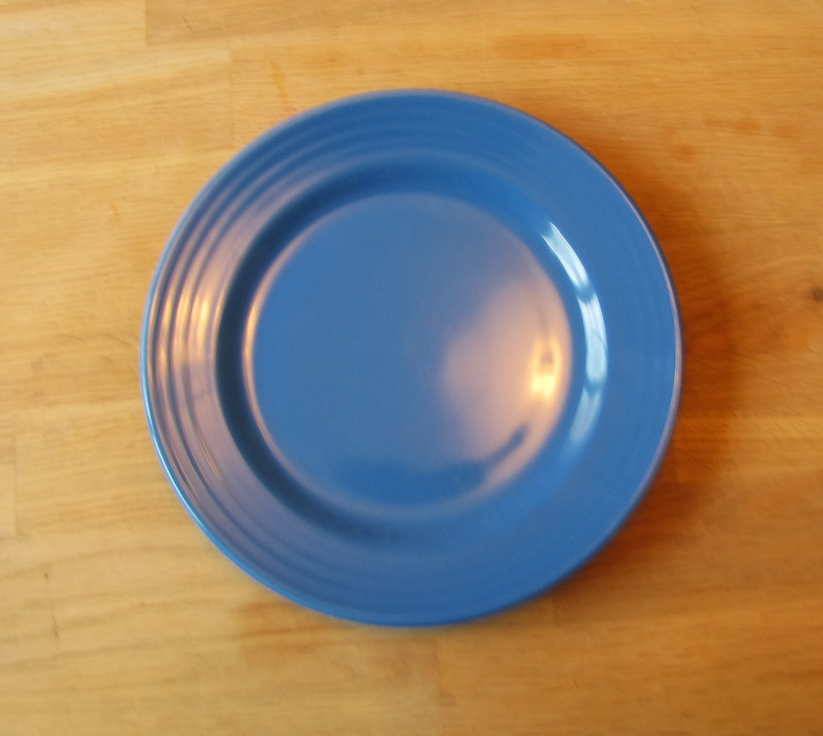 Some slightly stained melamine jobbies that I think were sitting in my parent\u0027s garage for 20 years under mouse droppings and crumply newspaper ... & HOW TO BE A DOMESTIC DISGRACE: China Snobbery