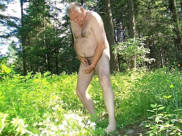 outdoorsman07012012 05 Chubby Sexy Guys Outdoors with their Cocks Hanging Out