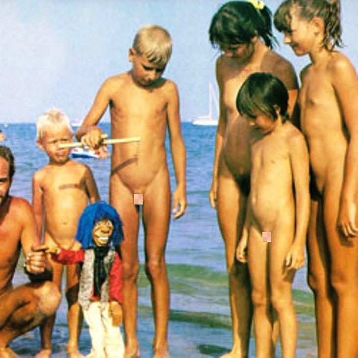 как рвут целки эротика девушки целки фото голые целки
