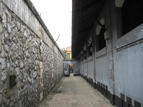 Hanoi Hilton Prison - Hoa Lo Prison Picture 3