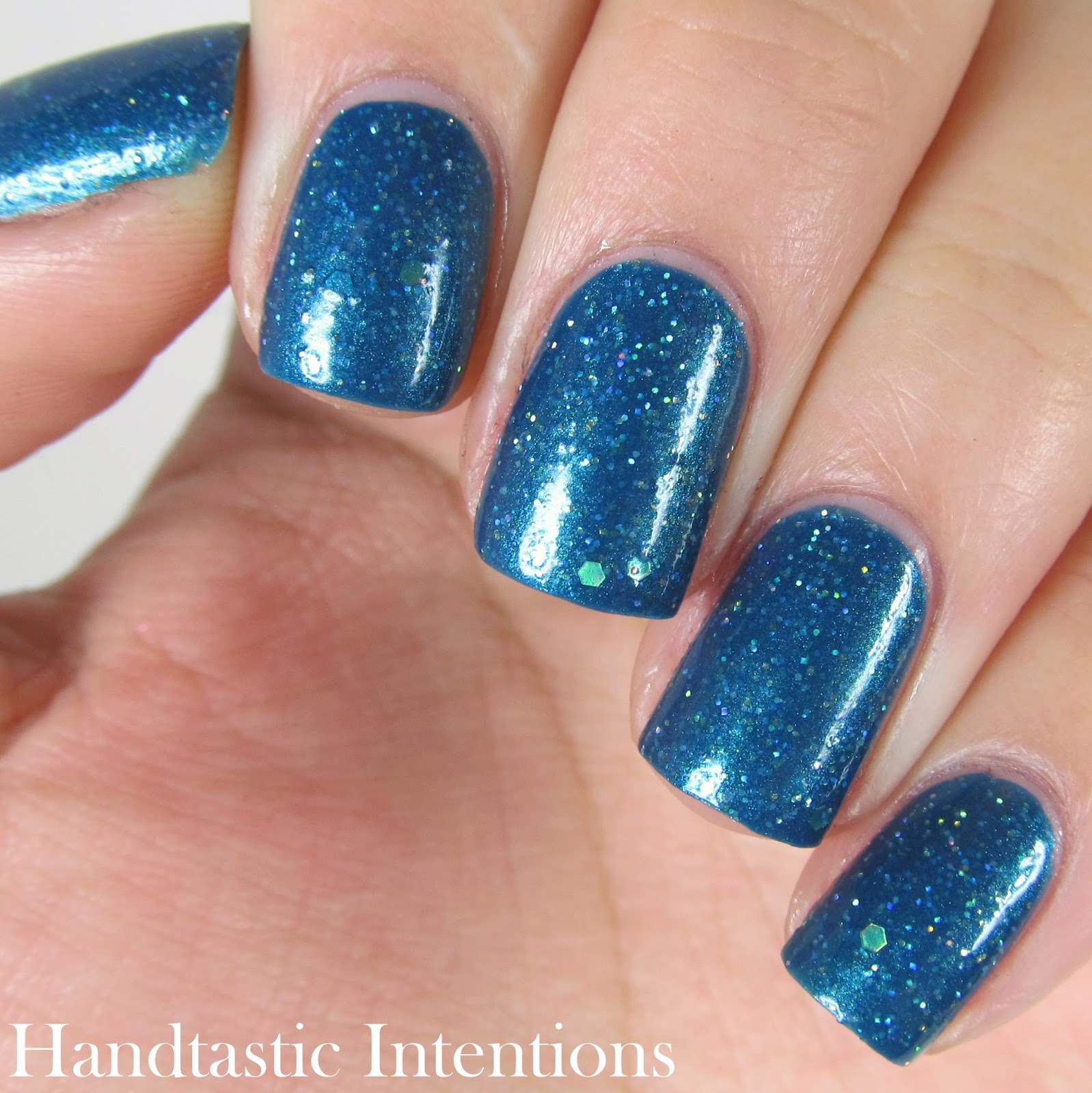 Daily-Hues-Nail-Lacquer-Andrea-Swatches