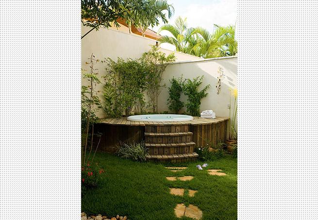 projeto de ofuro no jardim: ideias de como deixar esse espaço de relaxamento ainda melhor