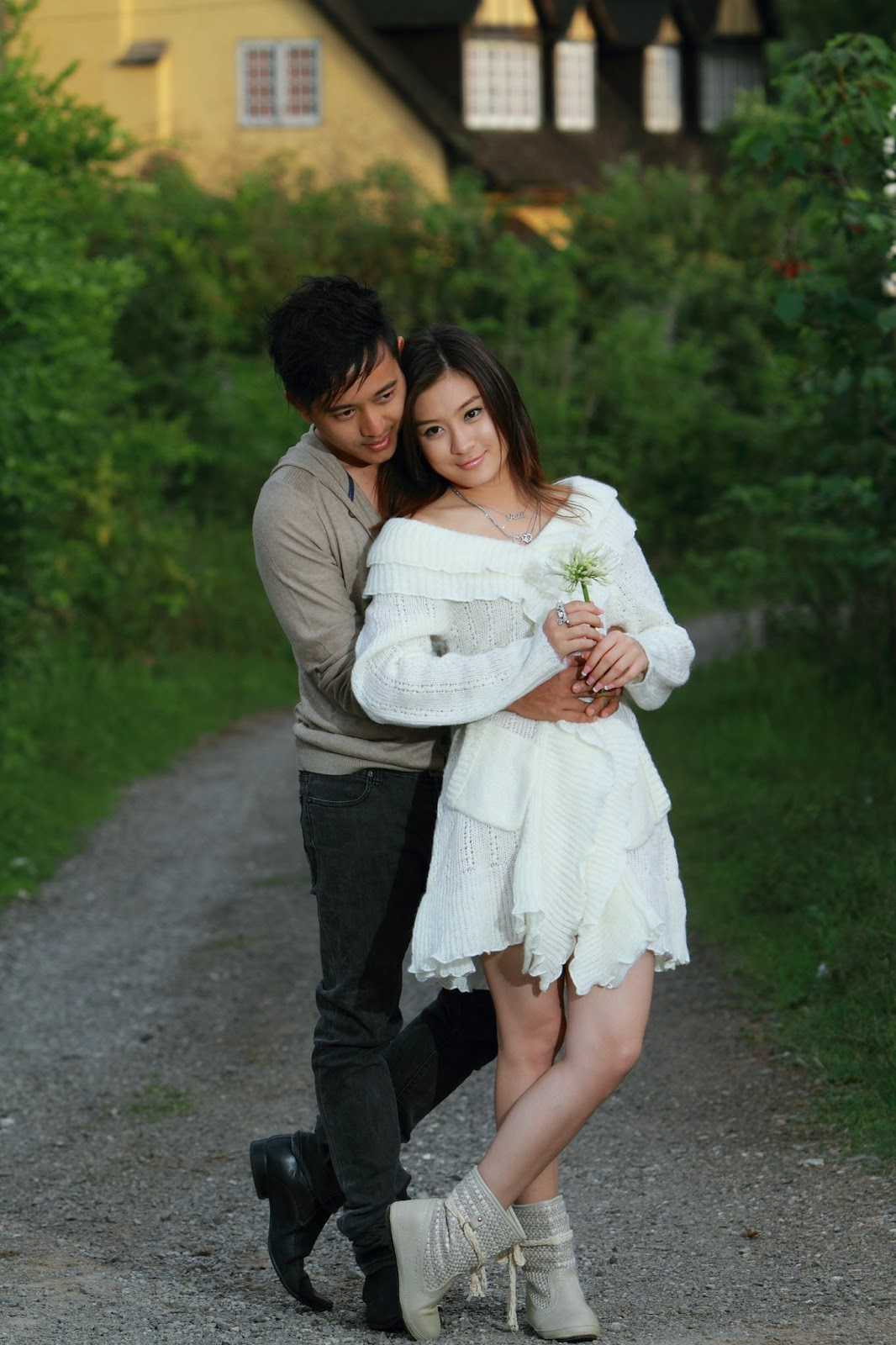 Couple Fashion Photos of Actor Moe Aung Yin and Wutt Hmone Shwe Yi