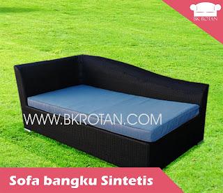 Sofa rotan plastik