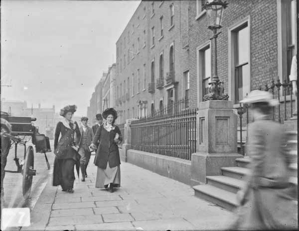 Street scenes in ireland from between 1890 1910 vintage for Classic house green street dublin 7