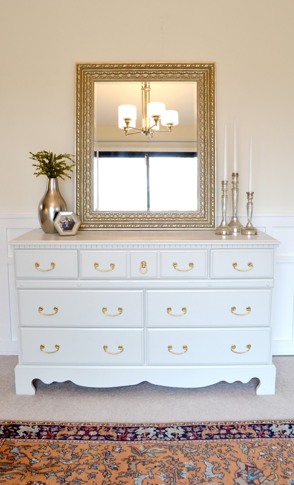 Livelovediy how to paint furniture why it 39 s easier than Images of painted furniture