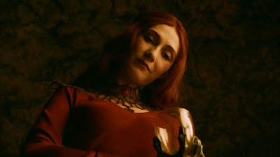 Melisandre Game of Thrones s02e01