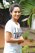 Pooja Ramachandran Glamorous photos-thumbnail-5