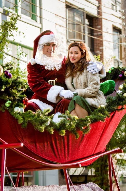 Its A Wonderful Movie Your Guide To Family And Christmas Movies On Tv Love At The