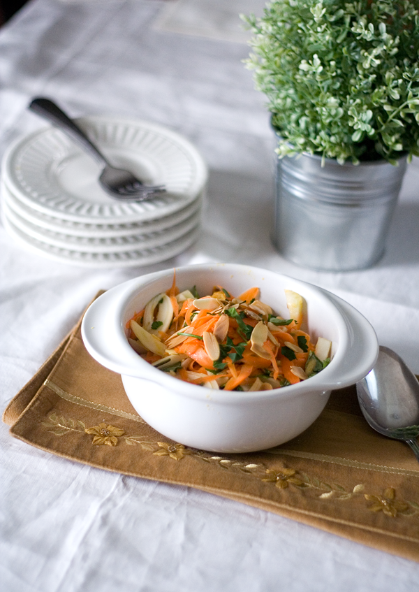 ... TRIX: Moroccan Carrot & Fennel Slaw (my un-French Friday offering