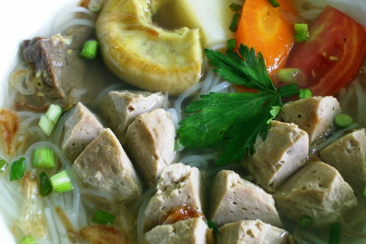 Resep dan Cara Membuat Bakso Daging Sapi Mudah dan Nikmat+Kandungan Gizi
