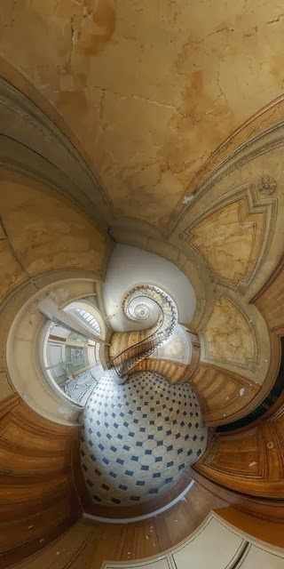 stairs of the Galerie Vivienne, Paris