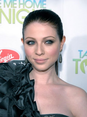Michelle Trachtenberg, Gregory Arlt, Michelle Trachtenberg makeup, Take Me Home Tonight, Take Me Home Tonight premiere, Take Me Home Tonight movie premiere, premiere, movie premiere, celeb, celebrity, red carpet