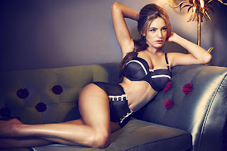 Kelly Brook for New Look, High Waisted 50's Underwear Set