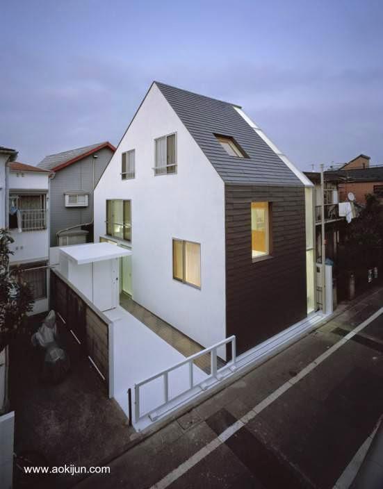 Arquitectura de casas japonesa urbana minimalista en for Casa minimalista japonesa