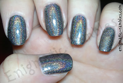 swatch-layla-flash-black-08-enigmatic-rambles-holographic-holo