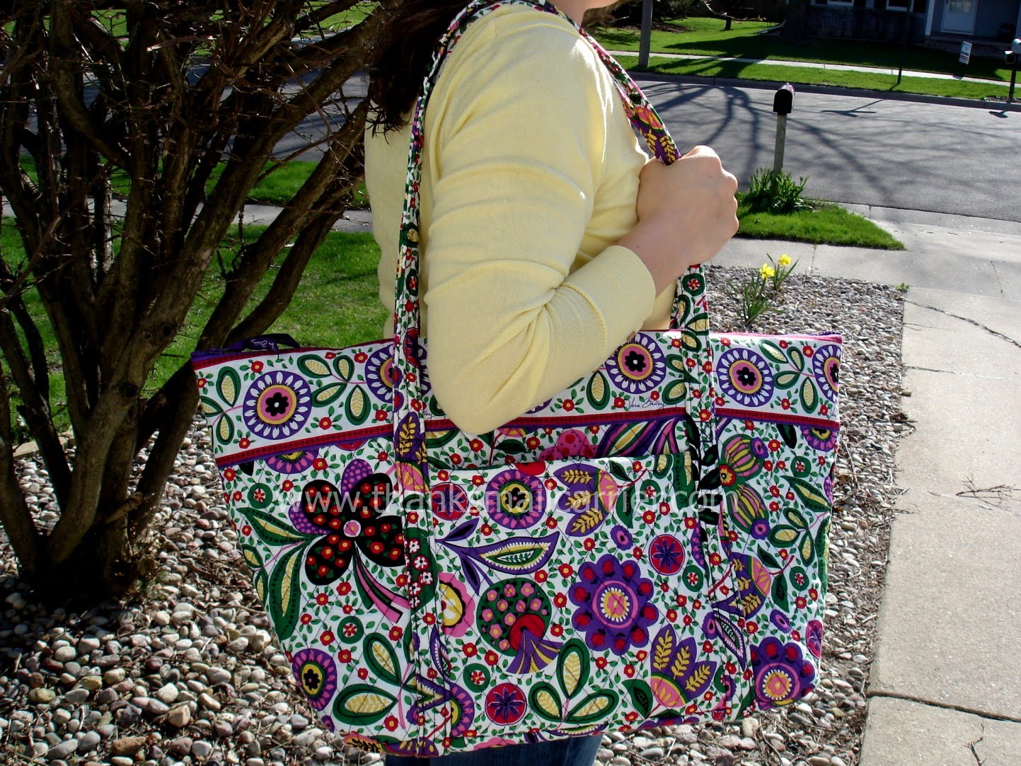 Vera Bradley Bags, Purses and More  Review  2c883d371d