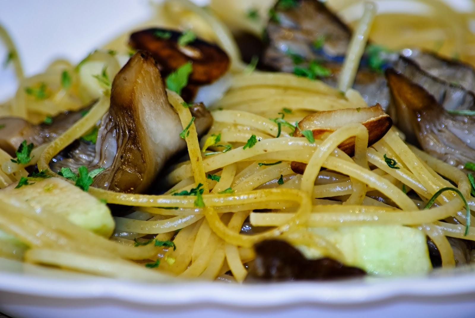 Espaguetis, Tagliatelle, Pasta, Setas, Manzana, Apple