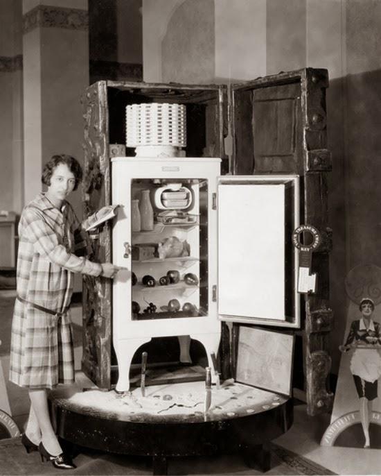 1930s fridge