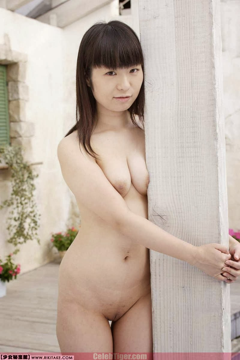 Asian School Girl Tui Kago Nude Outdoor Leaked Photos 2013  www.CelebTiger.com 129 Asian School Girl Yui Kago Nude Outdoor Photos 2013 Part 3