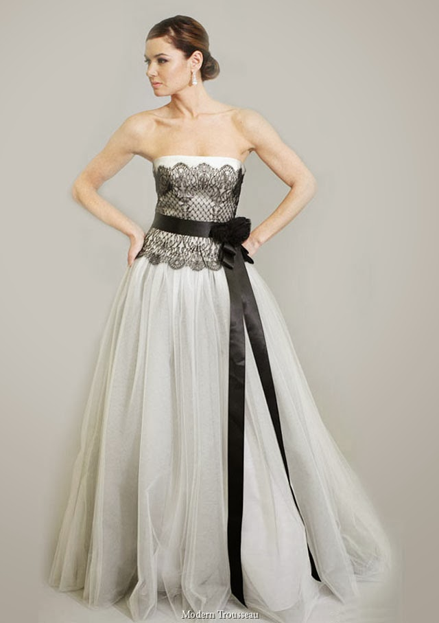 Strapless Line Black and White Wedding Dress