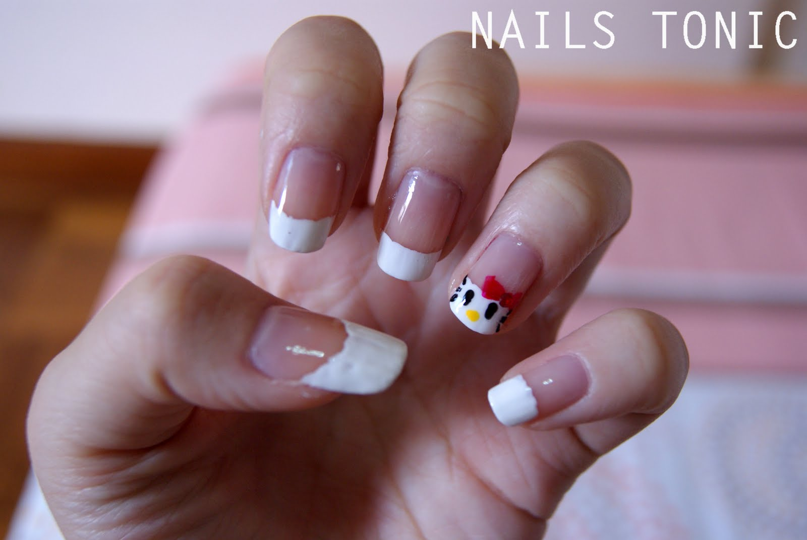 NAILS TONIC: Hello Kitty Inspired Nail