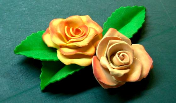 Como hacer flores de goma eva aprender manualidades es - Como hacer manualidades faciles y bonitas ...