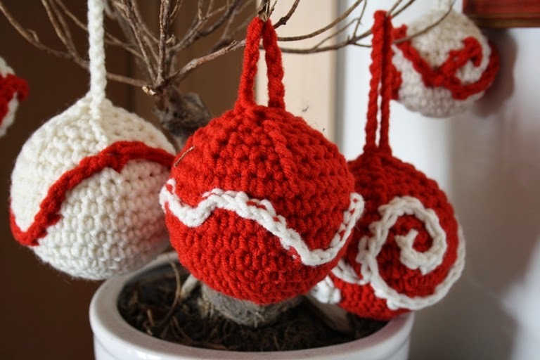 La casa della mamma lana e uncinetto per gli addobbi di for Addobbi natalizi all uncinetto
