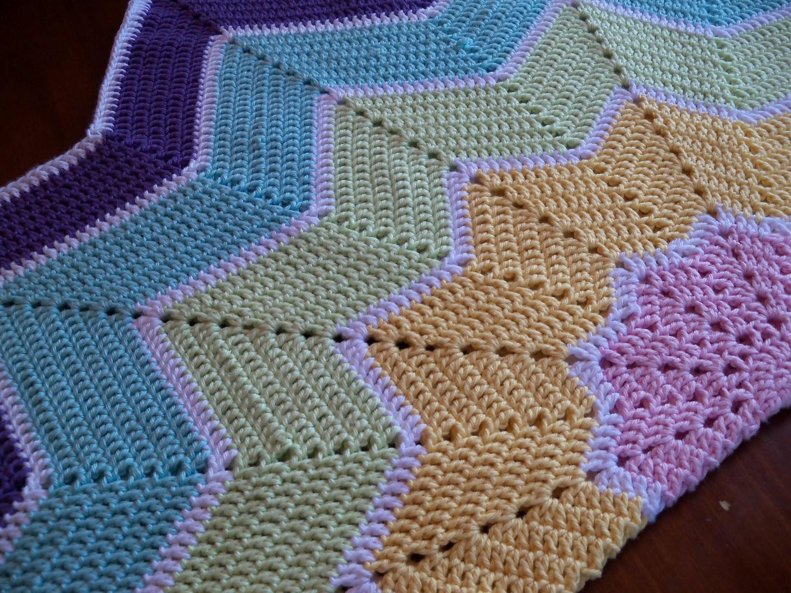 Pocketful Of Dreams: Rainbow Ripple Baby Blanket - Pattern Review