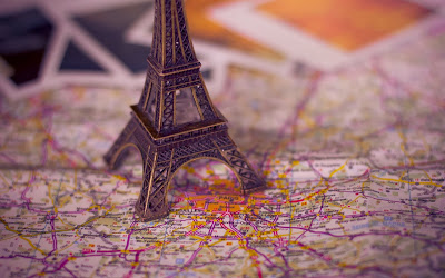 map-paris-eiffel-tower-wallpaper-1680x1050