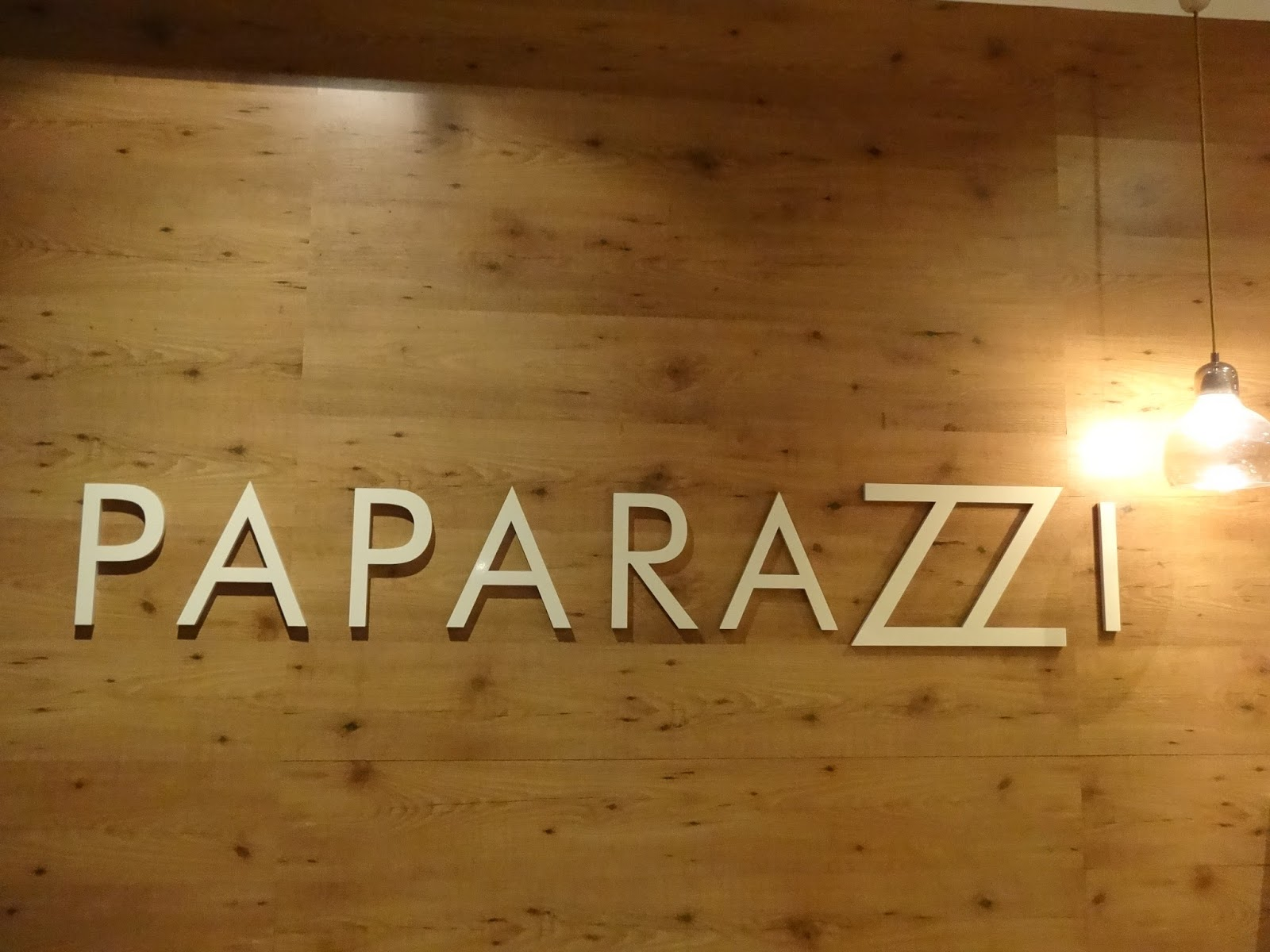 caffe paparazzi, adelaide, food, clean eating, healthy, cafe, dinner, lunch, sweets, dessert, refined sugar free, malvern, gluten free,