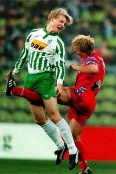 Funny Picture soccer,  kick in the nuts