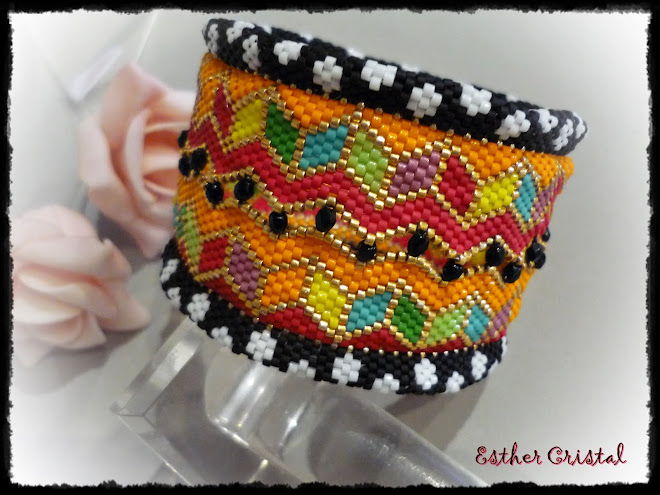 CAROUSEL WIDE ZIG ZAG BANGLE DE MIKKI FERRUGIARO